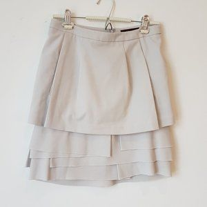 BCBG MAXAZRIA Light Grey Layer Skirt Size 04